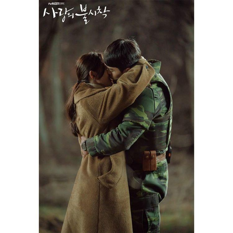 許多玄彬、孫藝真CP粉已經決定在過年要再刷一次「愛的迫降」。圖/取自tvN官方I...