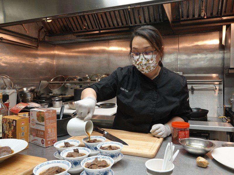 雙橡園主廚高于婷。華盛頓記者張文馨/攝影
