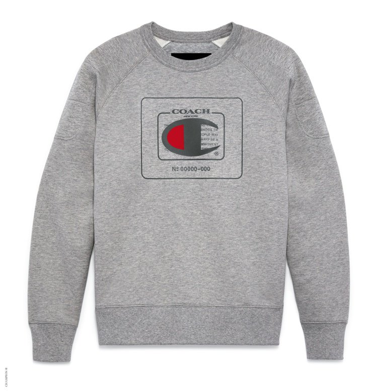 COACH與Champion聯名系列男裝圓領衫8,900元。圖/COACH提供