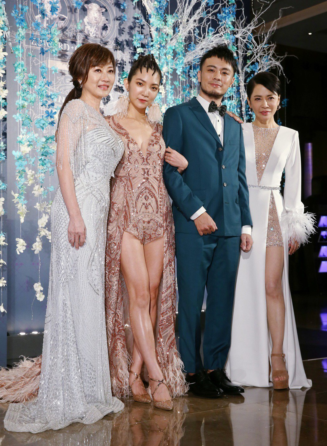 柴智屏(右一)之女高雋雅(左二),陳子豪(右二)2019年婚宴。圖/聯合資料庫