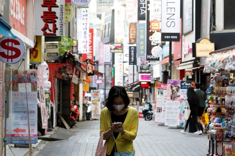 傳染力較強的2019 冠狀病毒疾病變種病毒近期在韓國境內擴散,京畿道、釜山、蔚山...