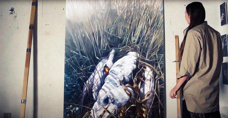 捷克女畫家被盜的畫作「天鵝之歌」,並非價值連城。圖/海鵬電影提供