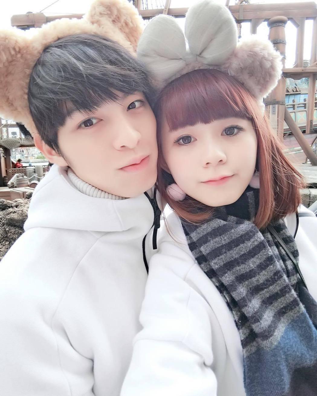 鍾蕙羽與曹佑寧。圖/摘自IG