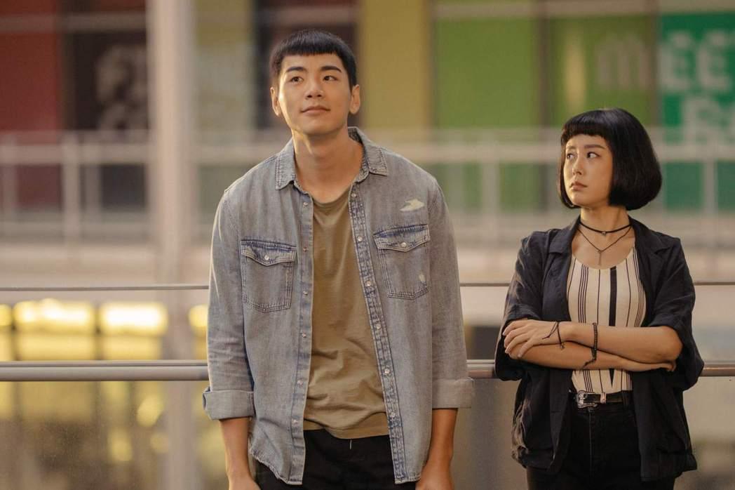 禾浩辰、孔令元在「白日夢外送王」中有曖昧情愫。圖/公視提供