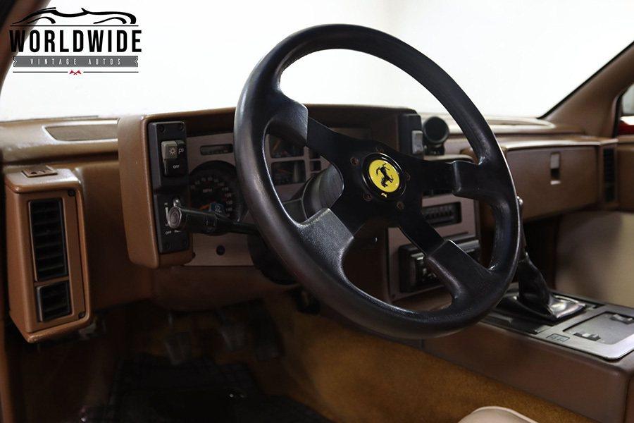 Worldwide Vintage Autos提供