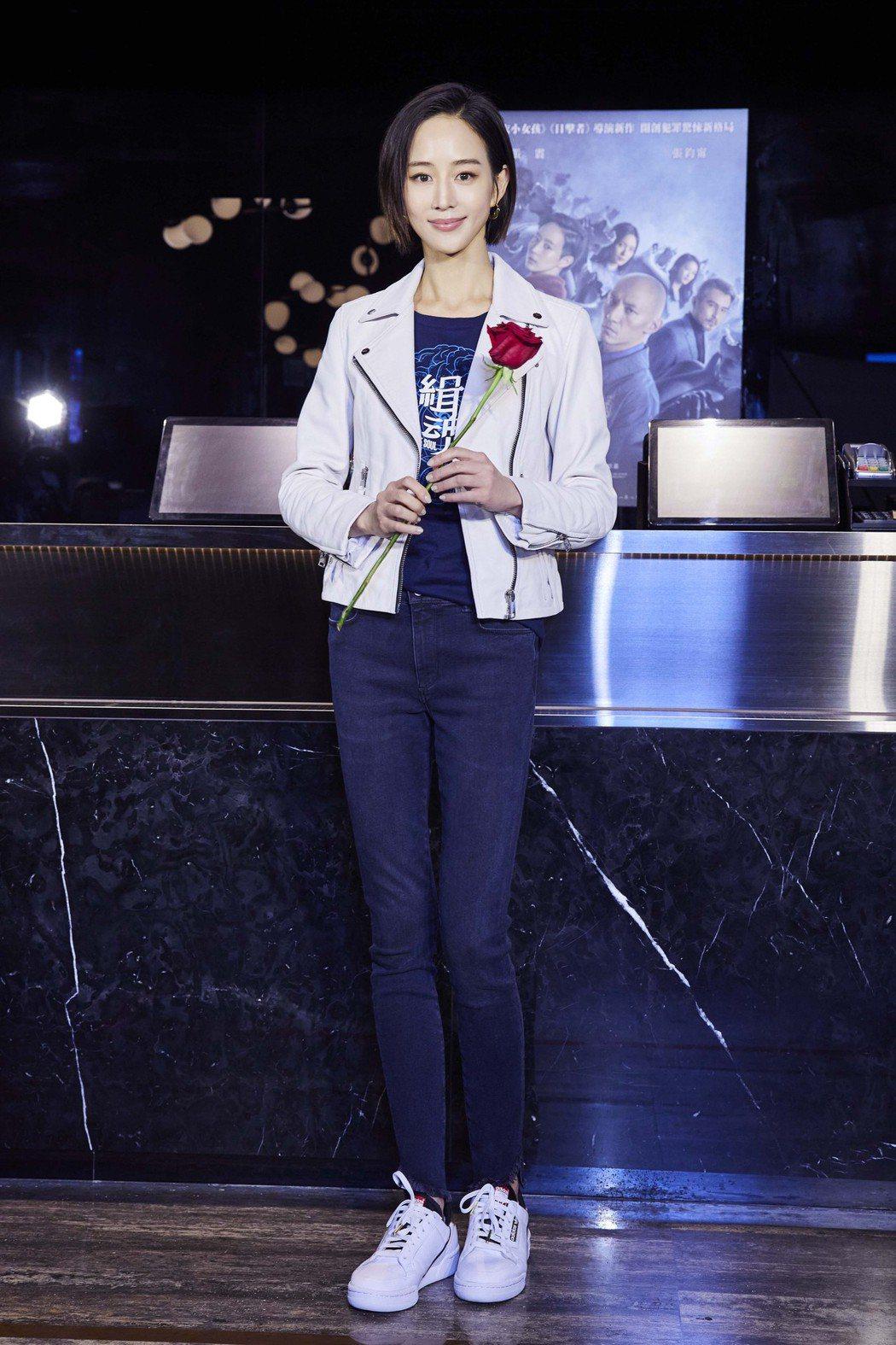 張鈞甯前進戲院當一日店長為「緝魂」宣傳。圖/威視提供