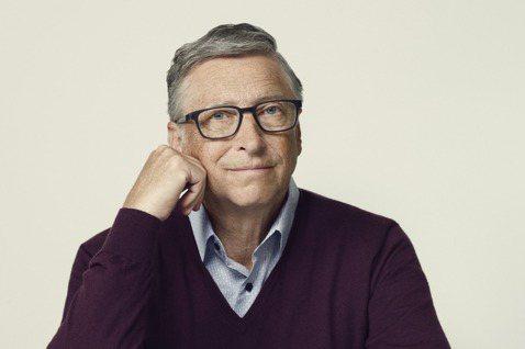 微軟創辦人蓋茲(Bill Gates)希望要與亞馬遜執行長貝佐斯更密切合作,對抗...
