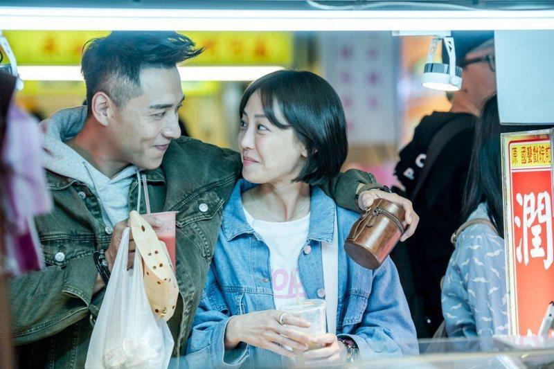 鄭人碩、謝欣穎在「角頭-浪流連」有感情戲。圖/巧克麗娛樂提供