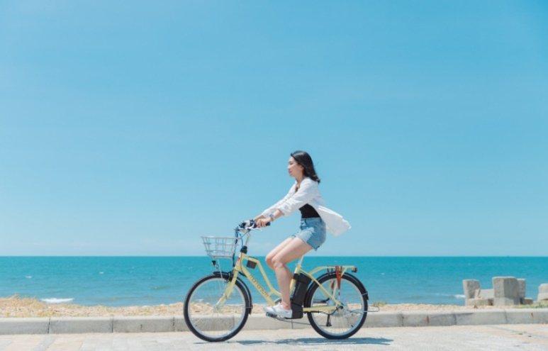 據統計去年台灣電輔車總出口數創歷史新高,年增17.99%,國內自行車大廠的訂單已滿載到今年年中甚至年底,自行車成為少數能逆勢成長的亮點產業。圖/經濟部技術處提供