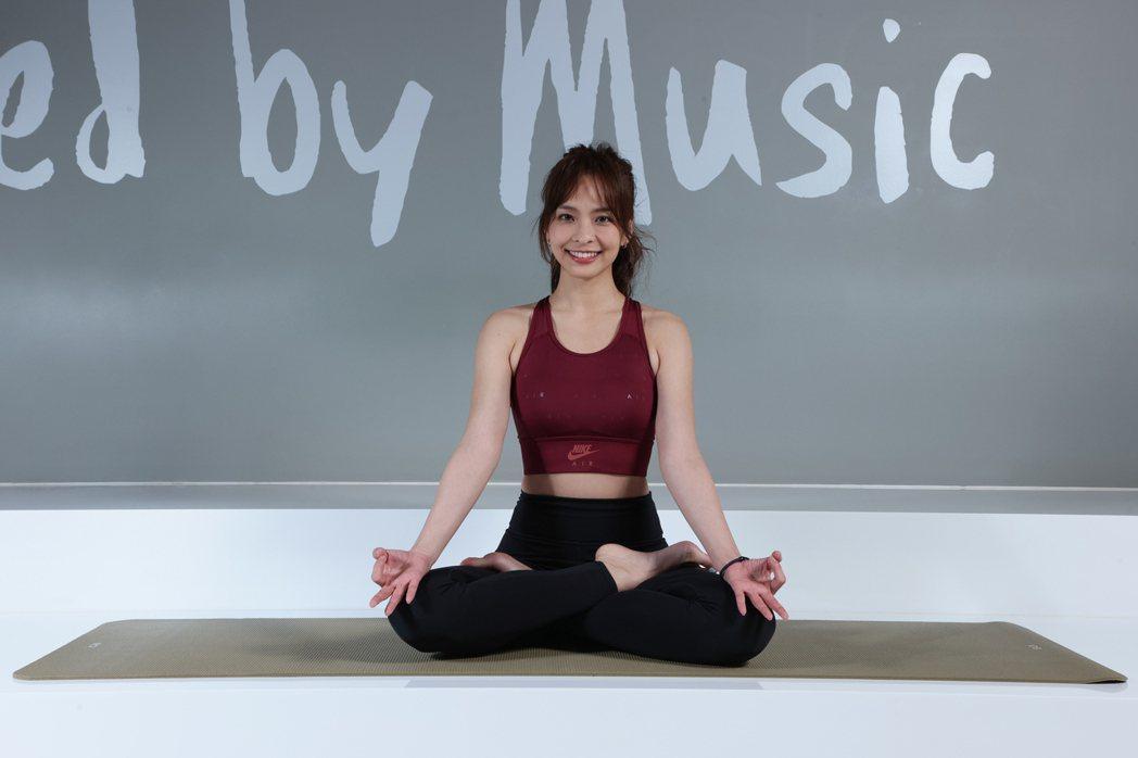 葉星辰初期接觸瑜伽時,還經常坐著就莫名落淚。記者許正宏/攝影