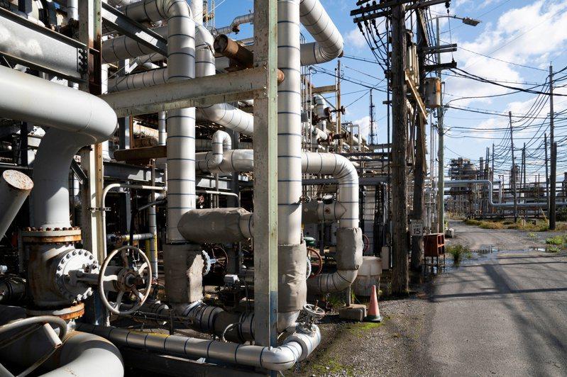 摩根大通与高盛预测,等新冠肺炎疫情退潮后,最乐观的状况是国际油价将上攻每桶100美元。  路透(photo:UDN)