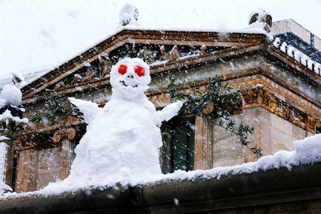 在希臘神話中,因為氣候溫暖,過去出現「雪神」的場合事實上非常稀少。希臘雪神名為喀...