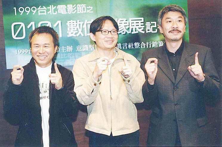 倪重華(右)與侯孝賢(左)等人從年輕時就是好友。圖/聯合報系資料照