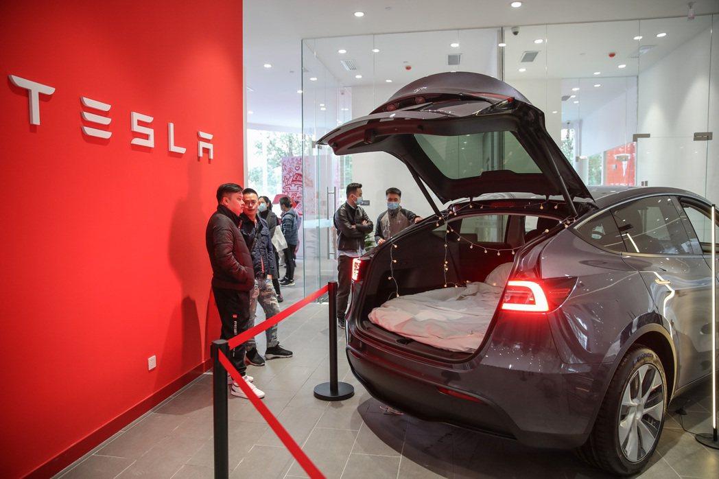 特斯拉陸製的全智能中型SUV Model Y,受大陸消費者歡迎。(中新社)