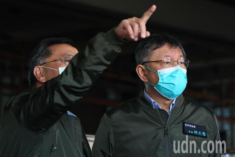台北市長柯文哲赴台中捷運關心改善情形並搭乘全載重測試列車。記者黃仲裕/攝影