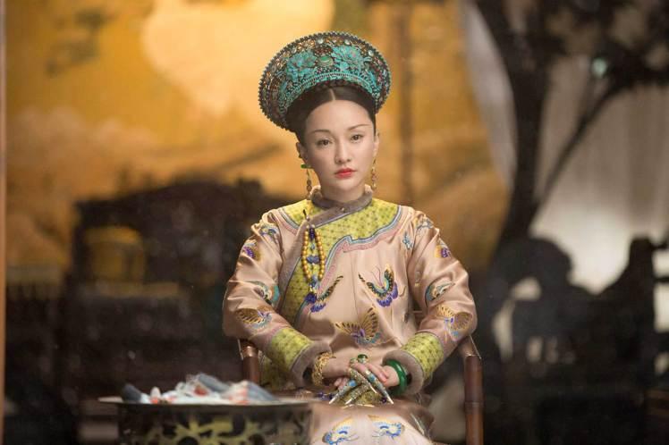 周迅靠演技撐起「如懿傳」。圖/中天娛樂台提供