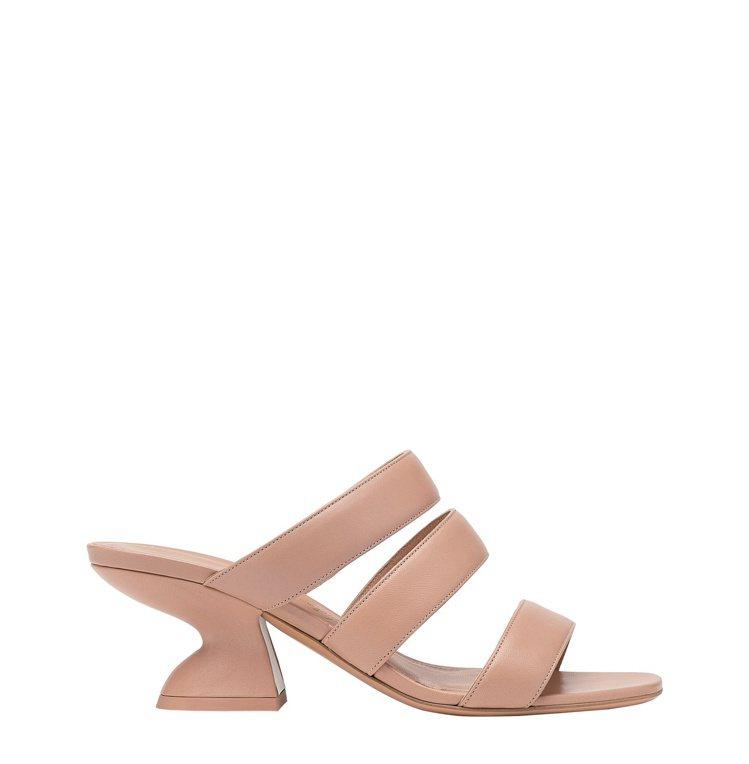 Steffie粉色高跟鞋,26,500元。圖/Salvatore Ferraga...