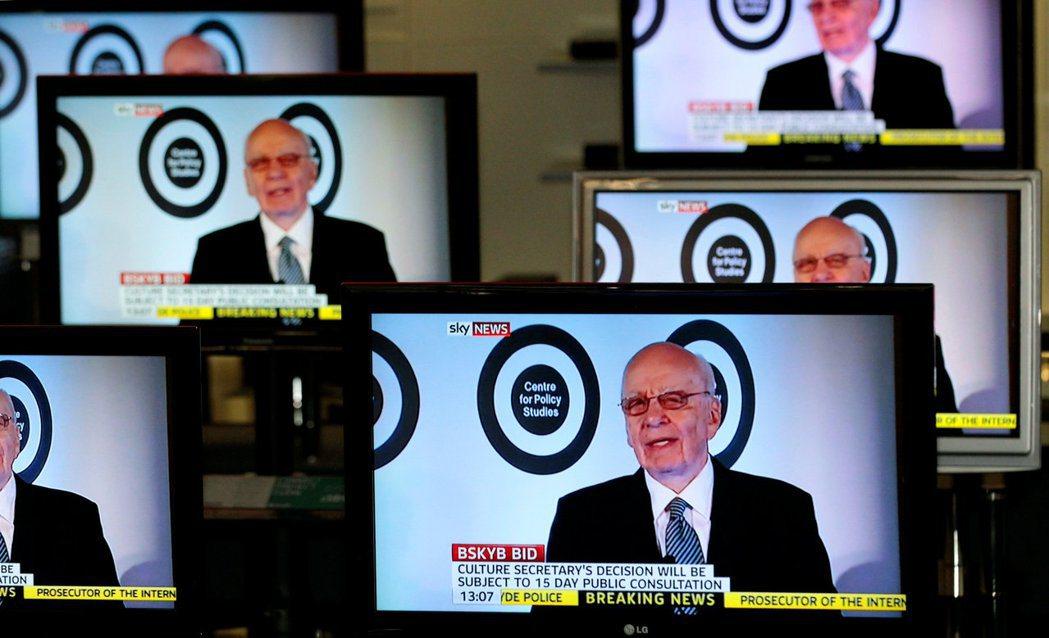 像是「傳媒巨怪」魯柏.梅鐸(Rupert Murdoch)所持有的《新聞集團》(...