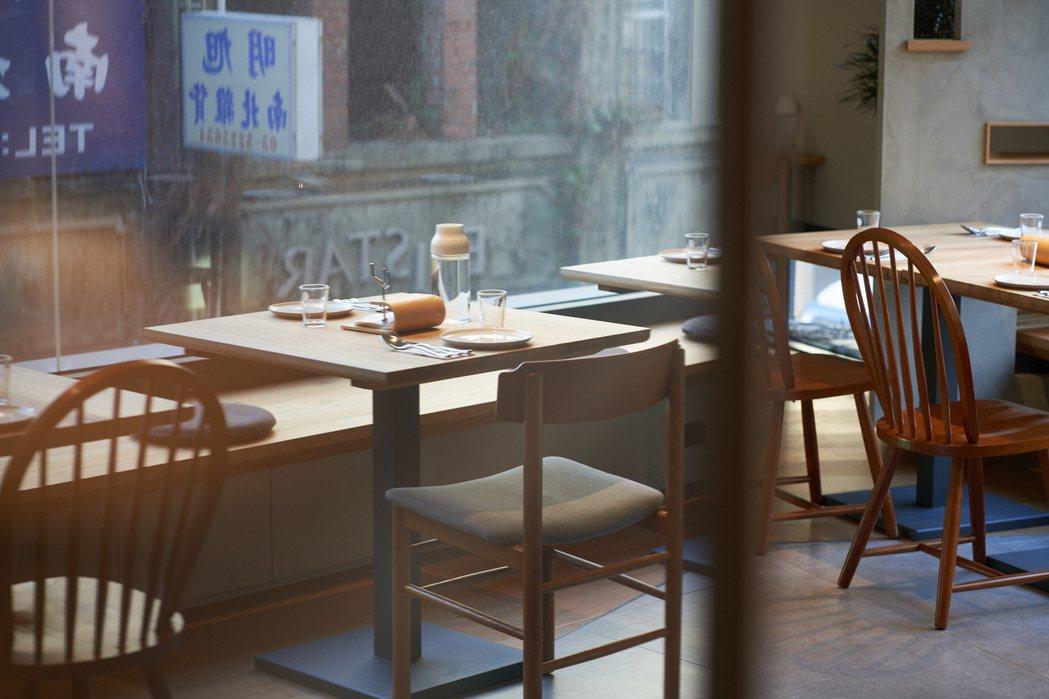在MUI 14吃飯,可以認識大新竹14個鄉鎮市的食材、來自客家智慧的漬物入菜。 ...