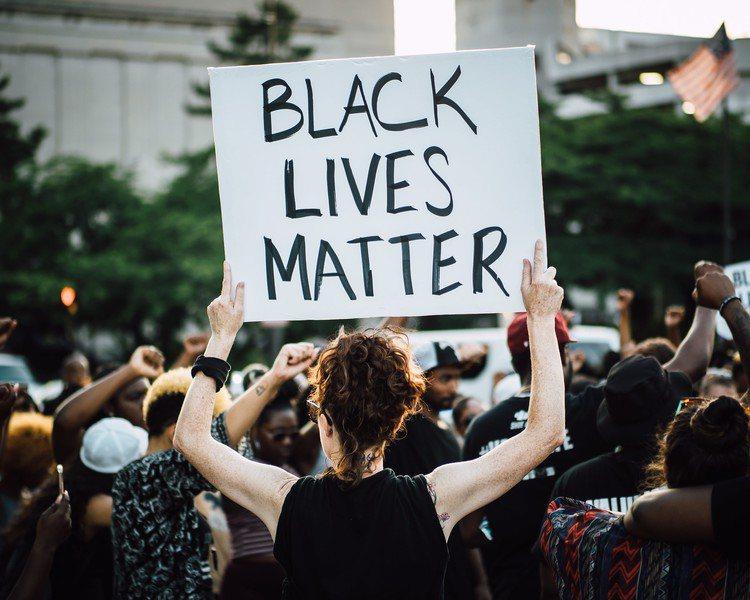 美国基督徒认为,黑人教会应多争取黑人权利。(Photo by John Luciaon Flickerunder Creative Commons license)(photo:UDN)