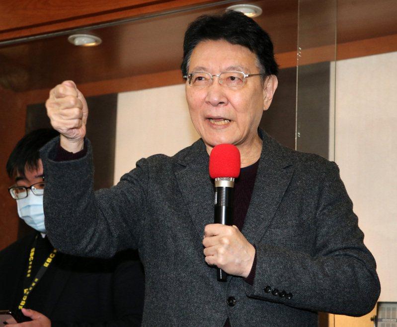 中廣公司董事長趙少康再次承諾,若真的當選黨主席,就辭掉總經理跟董事長,並會將股份轉移。記者胡經周/攝影