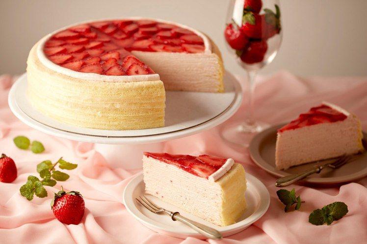 遠百信義A13 Lady M草莓千層蛋糕,切片280元、9吋2,800元,口味供...