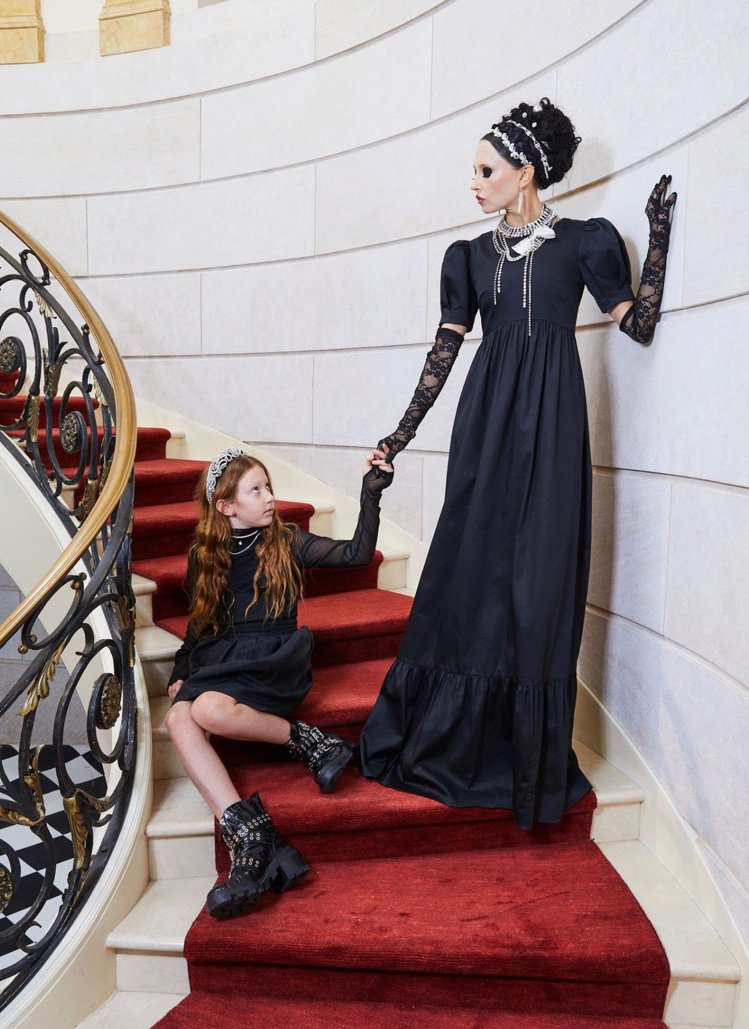 alice + olivia by Stacey Bendat與《花邊教主》造型...