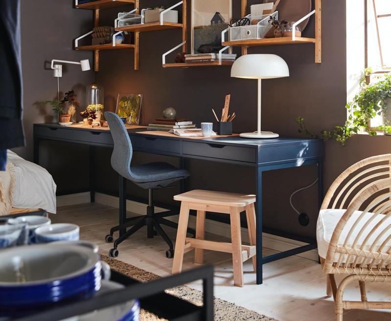 IKEA絕版品出清:ALEX書桌原價5,490元、台中店特價3,290元。圖/IKEA提供