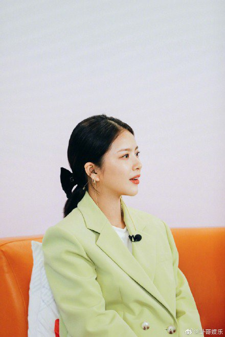 杜淳老婆王燦參加「婆婆和媽媽」第二季。圖/摘自微博