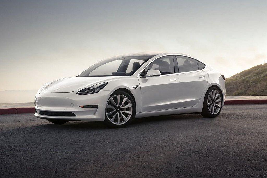 特斯拉Model 3去年全球累積銷售達36.5萬輛,更連續第三年奪得全球電動車銷...