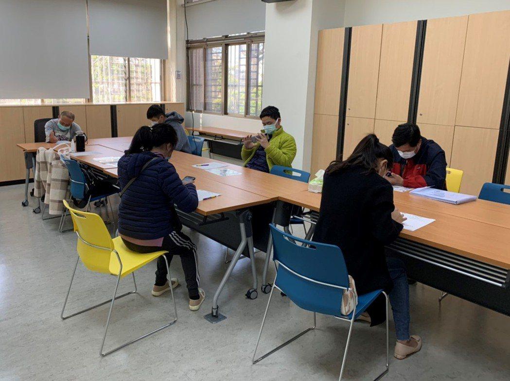 台中市勞工局因應年後轉職潮,即日起至2月26日連續兩周,在山海屯地區舉辦超過10...