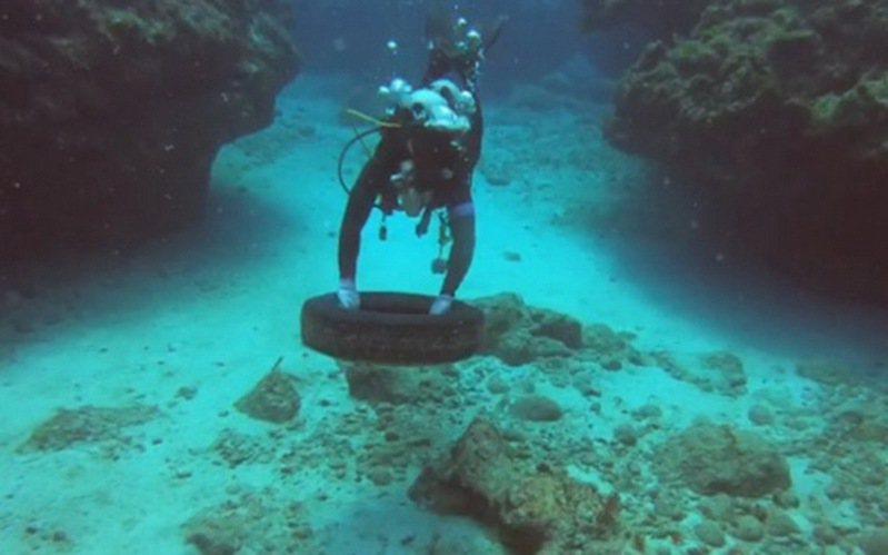 海洋委員會海洋保育署針對全國19個臨海縣市進行「海洋環境管理考核」,台東縣清除逾3公噸海洋廢棄物,首次榮獲特優獎肯定。圖/台東縣政府提供