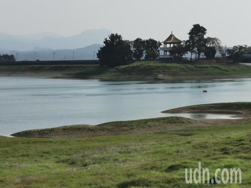 嘉義蘭潭水庫蓄水量只剩41%。記者卜敏正/攝影