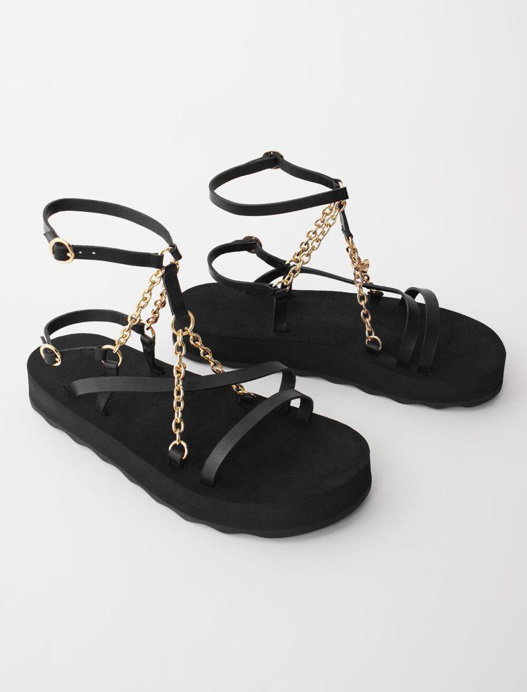 maje交叉涼鞋,9,050元。圖/maje提供