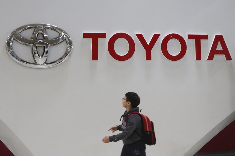 日本豐田汽車為了研發包括自動駕駛等未來技術打造的實驗都市「網城」(Woven city),23日在富士山腳下的靜岡縣裾野市正式動土。美聯社