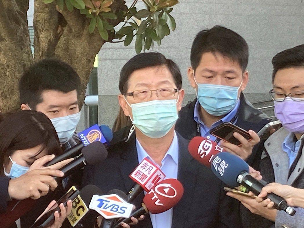 鴻海今天舉行集團開工儀式,董事長劉揚偉在儀式後接受媒體訪問。記者蕭君暉/攝影