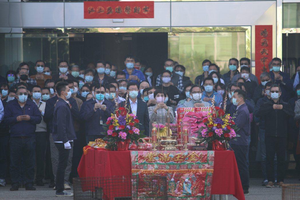 鴻海今天舉行集團開工儀式。記者蕭君暉/攝影