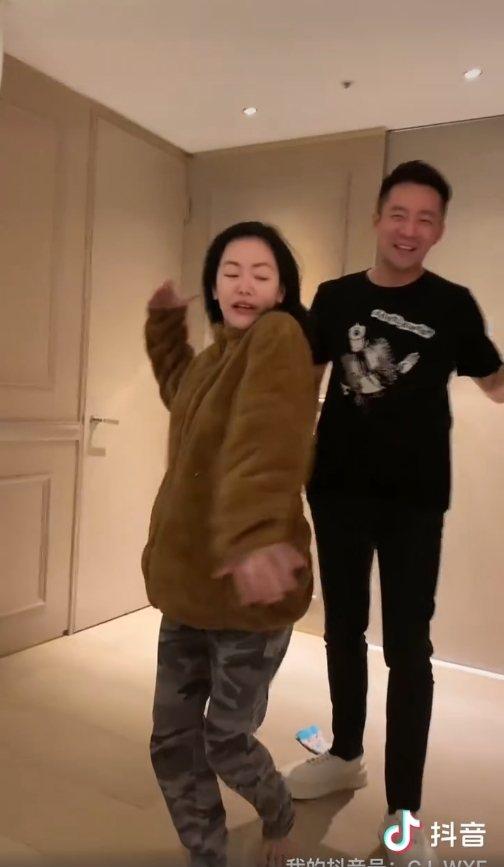 小S在汪小菲面前熱舞。 圖/擷自汪小菲微博