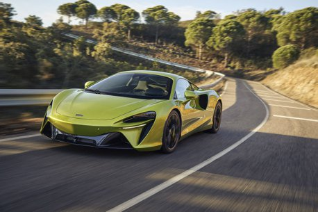 全新油電超跑發表!McLaren Artura帶領品牌迎向V6油電動力的懷抱