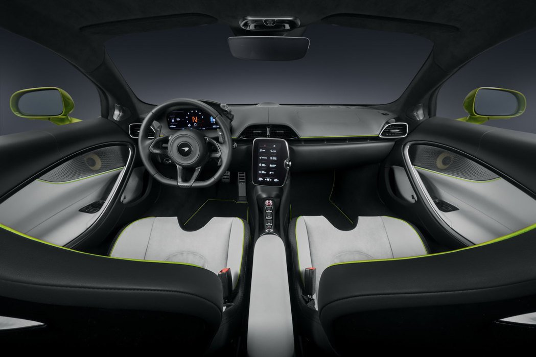 Artura座艙也導入了MIS II車載系統。 圖/McLaren提供