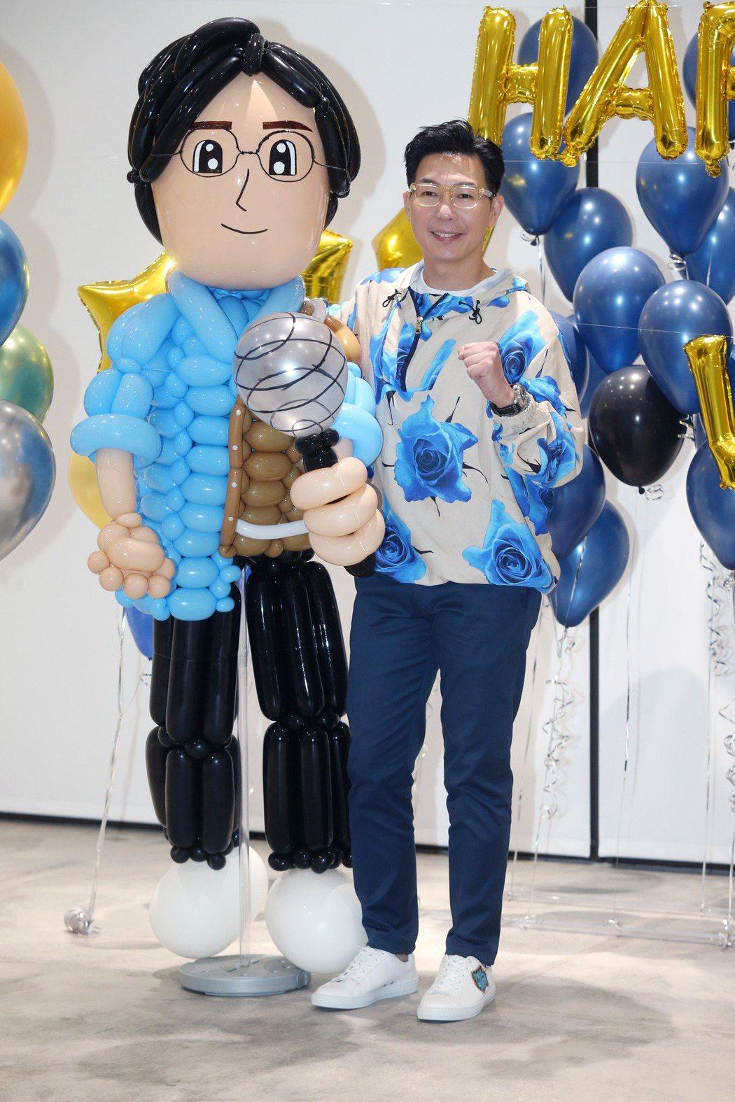 品冠提前慶祝49歲生日。記者邱德祥/攝影