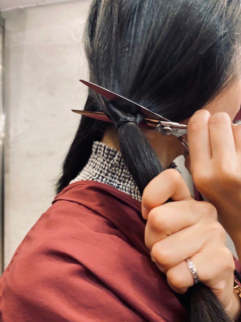 李玲葦為新片「生而為人」落髮。圖/李玲葦提供
