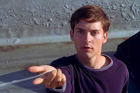 由索尼與漫威合作的第3部「蜘蛛人」電影正在拍攝中,男主角湯姆霍蘭德表示自己都不知道片子裡在幹嘛,一改以往口風不緊、容易爆雷的作風,對於外傳「3代蜘蛛人將在片中齊聚」也予以否認,不過他的上一任安德魯加...