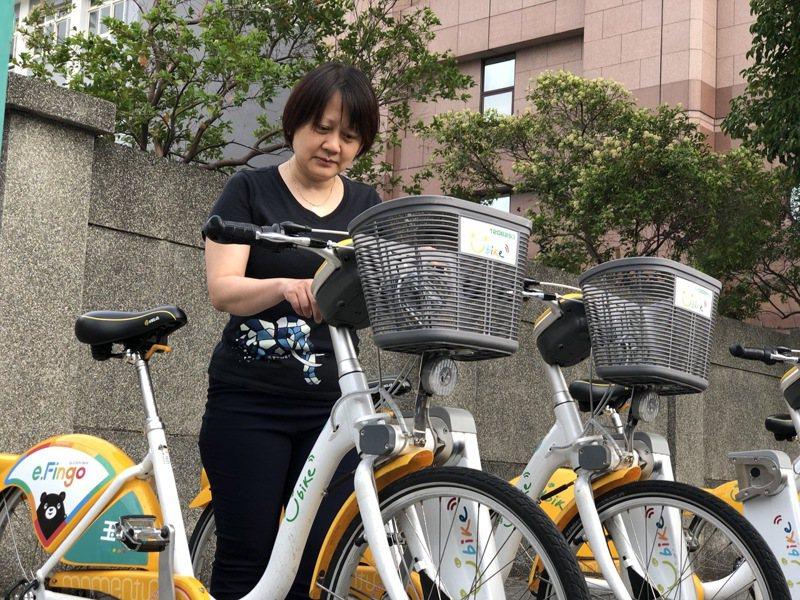高雄市政府推動共享運具持續成長,YouBike2.0目前共885個租賃站、約8660輛車,預計年底增至1000站。記者王慧瑛/攝影