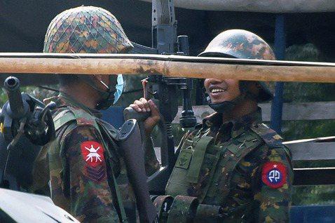 緬甸軍政府正為了預備武力鎮壓,而不斷調動部隊——其中,因涉入「種族清洗」羅興亞人...