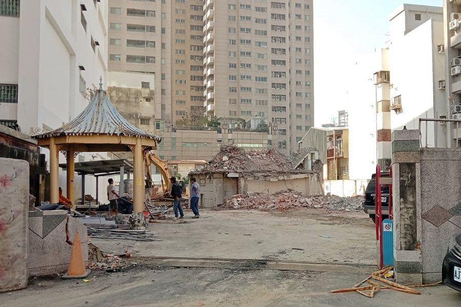 2月2日,華嚴寶塔已被全面拆除。圖攝於2月3日,現場已夷為平地。 圖/作者自攝