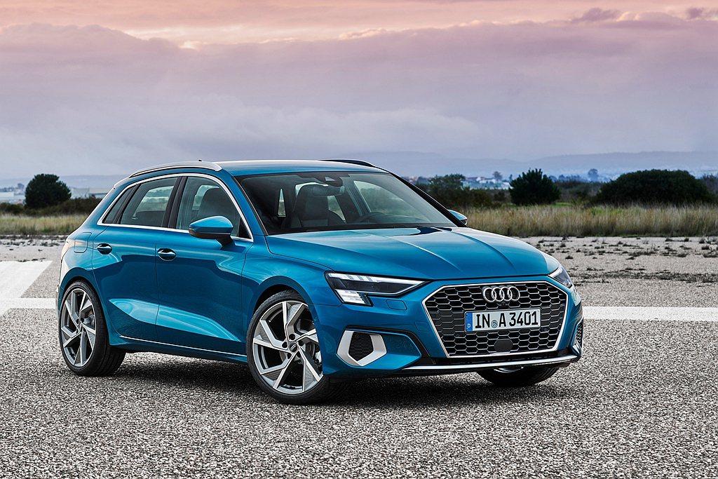 全新世代Audi A3 Sportback並以更銳利簡潔的線條勾勒出鮮明運動跑格...