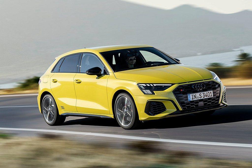 Audi S3 Sportback搭載2.0L TFSI渦輪增壓汽油引擎,可爆發...