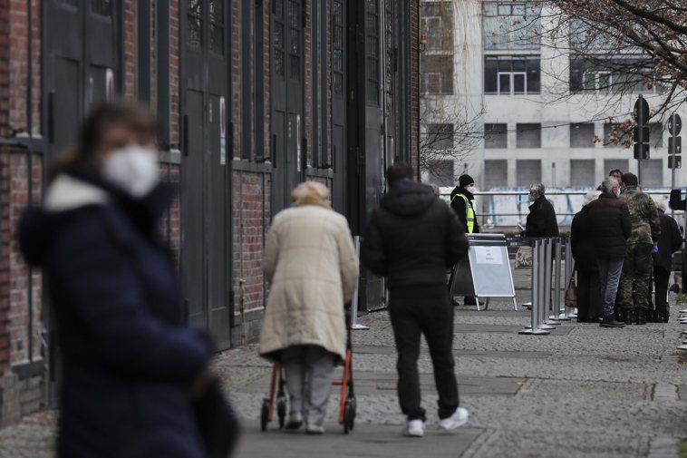 專家警告,德國恐處於第3波疫情開端。 圖/歐新社