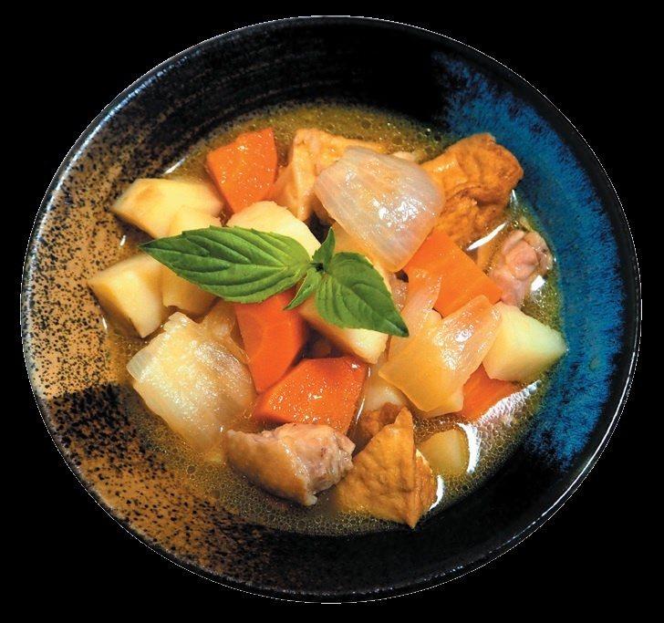 日式馬鈴薯燉雞成品。 圖/健行文化 提供